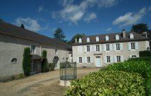 Maison de Maitre & enormous converted barn