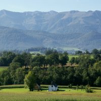 Superb Location with Panoramic Views of the Pyrenees