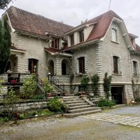 Superb 1930's house at the foot of the Pyrenees