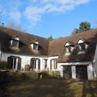 Large house in Upper Normandy, extensive grounds, overlooking the Eure valley, one hour from Paris